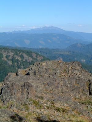 Looking E to Diamond Peak